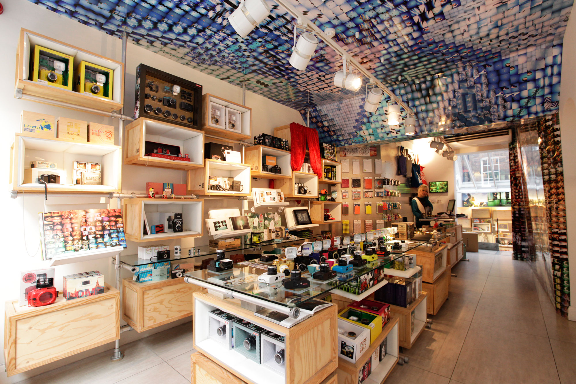 Lomography gallery store one of the best art galleries for Best museum shops online