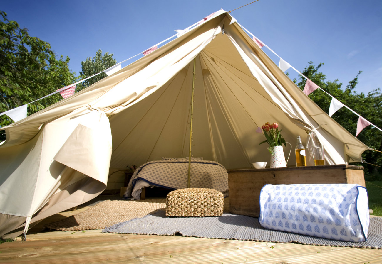 Lay back and relax in your spacious tent room at Pop Up Hotel  © Pop-Up Hotel