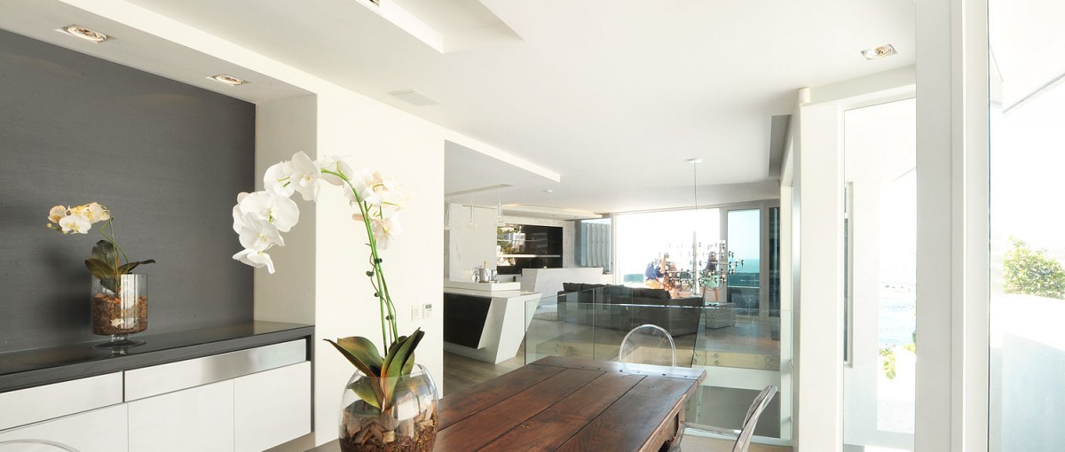 Ebb Tide Apartments - Flat Rentals in Cape Town