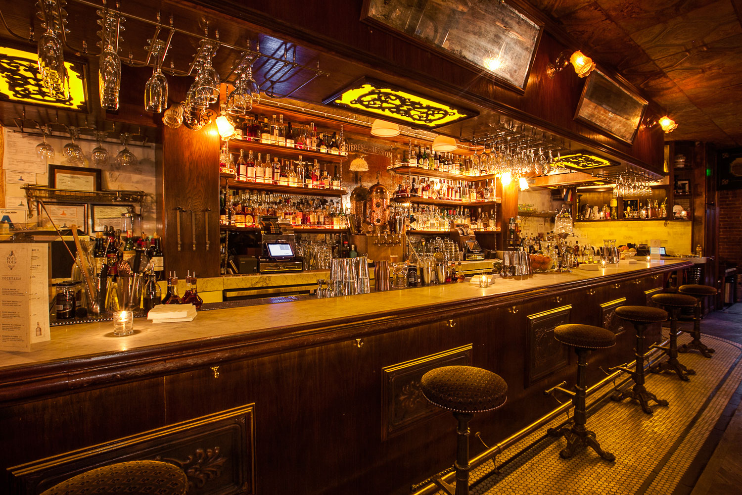 Harvard And Stone - The Best Cocktail Bar in Los Angeles