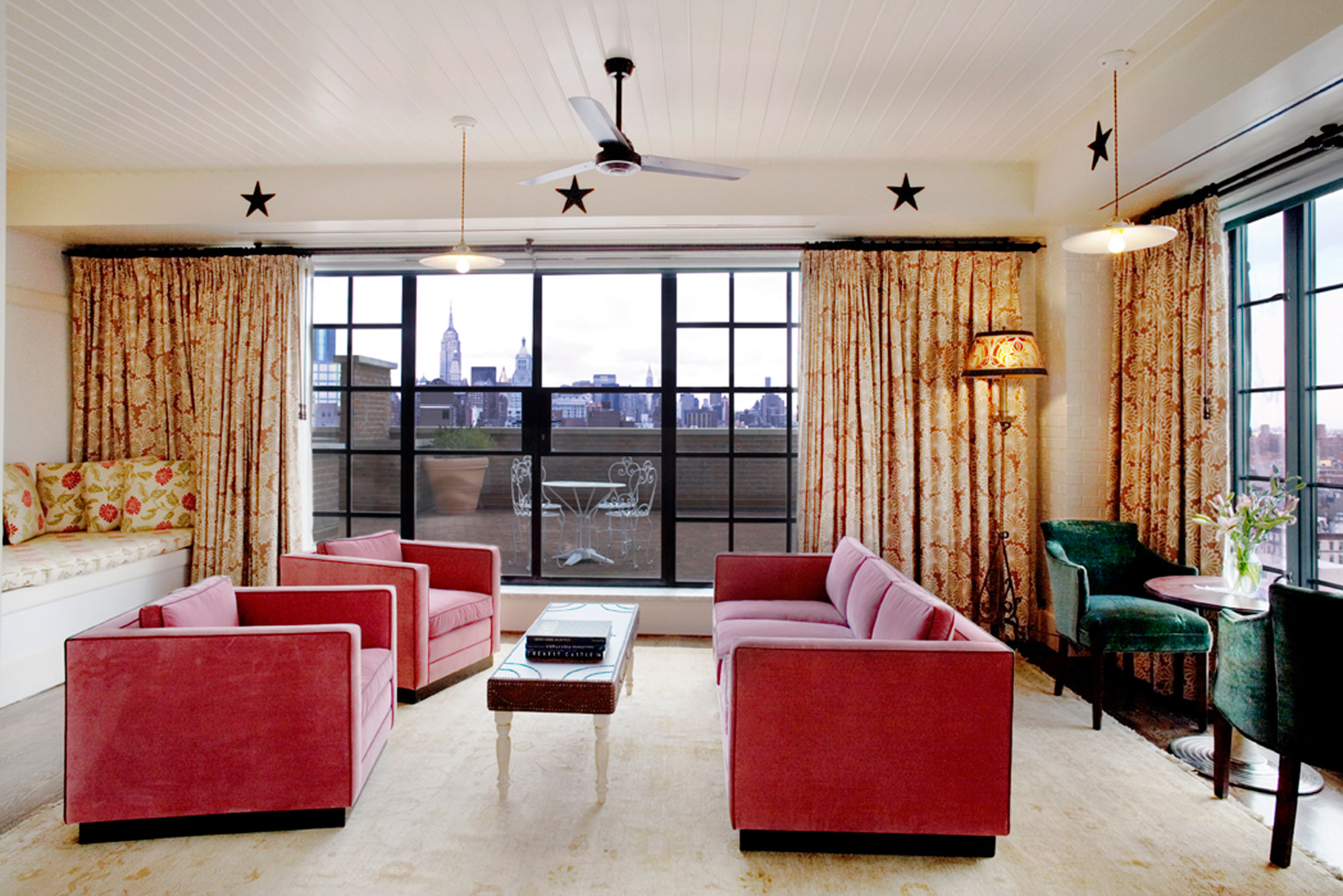 The bowery one of the best design hotels in noho new york for Top design hotels new york