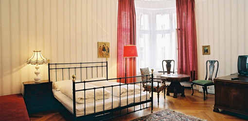 hotel pension funk one of the best boutique hotels in. Black Bedroom Furniture Sets. Home Design Ideas