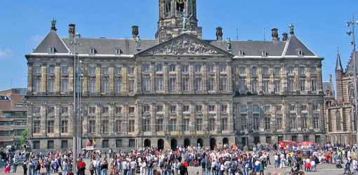 Dam Square One Of The Best Shopping Areas Shops In