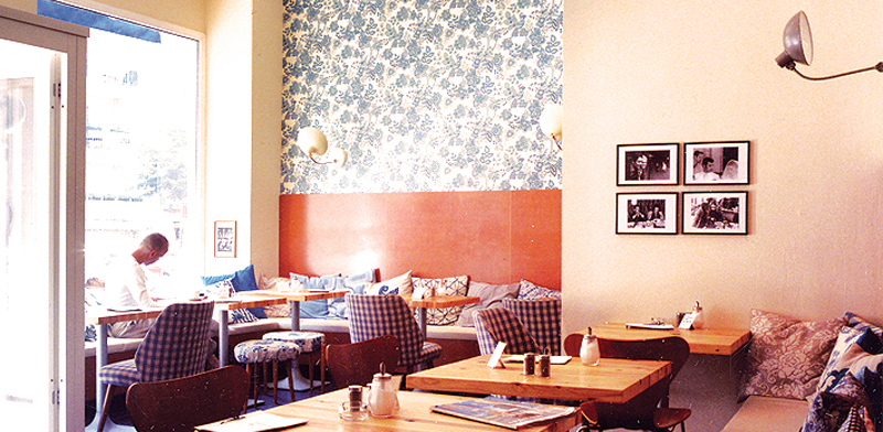 caf fleury one of the best cafes in prenzlauer berg berlin. Black Bedroom Furniture Sets. Home Design Ideas
