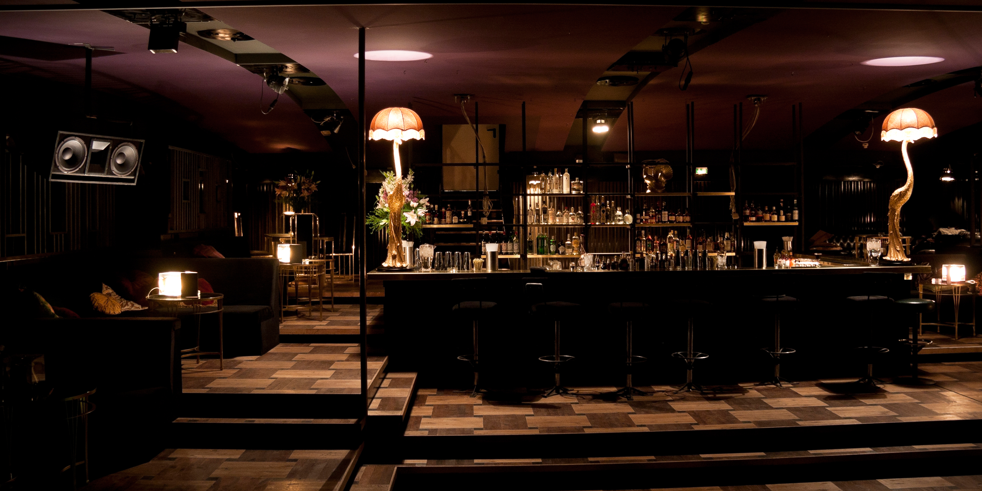 drayton bar one of the best cocktail bars in mitte berlin. Black Bedroom Furniture Sets. Home Design Ideas
