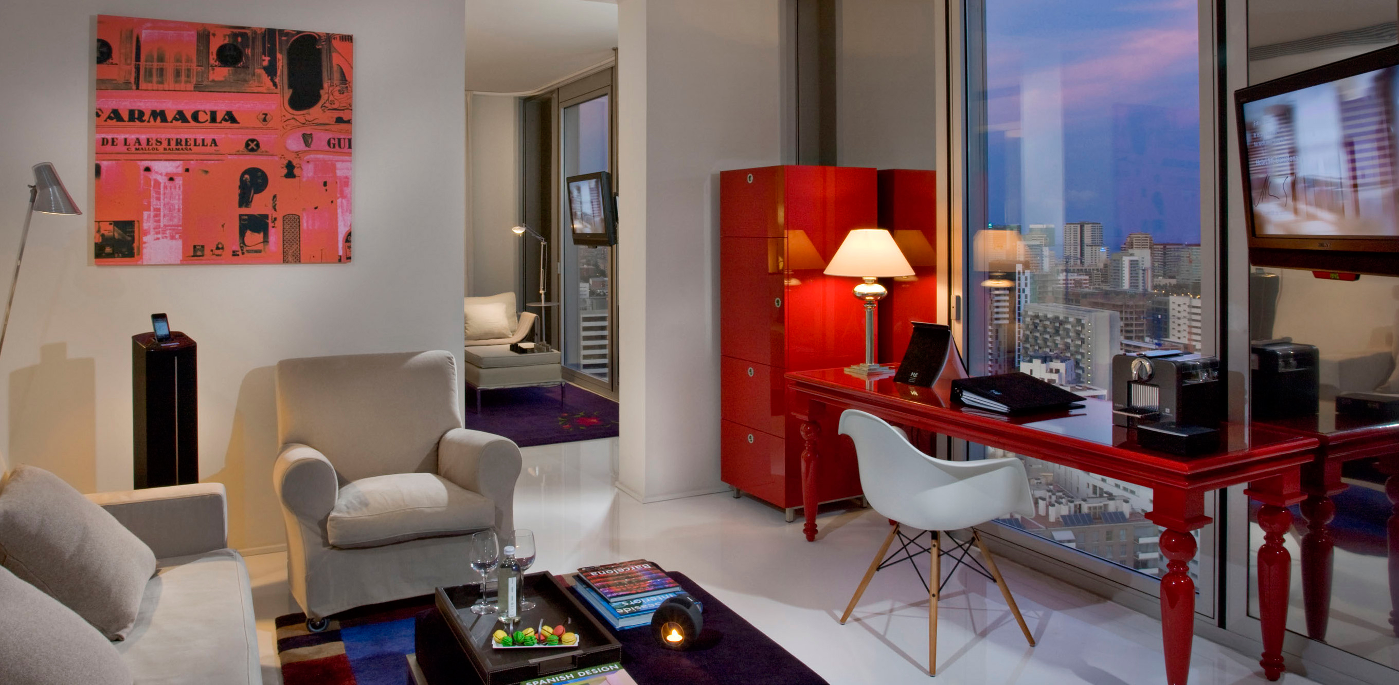 Me barcelona one of the best design hotels in sant marti for Top design hotels barcelona