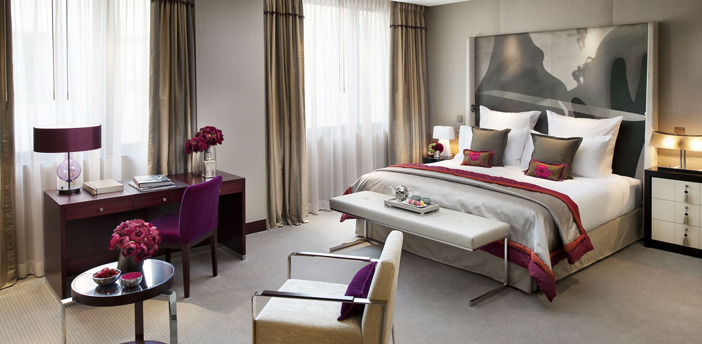 paris-hotels-mandarinoriental-room.jpg