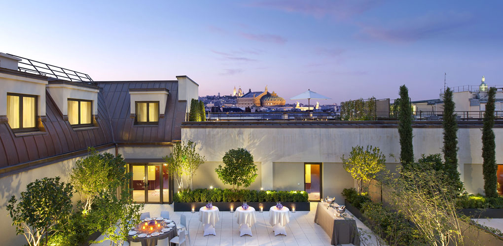paris-hotels-mandarinoriental-terrace.jpg