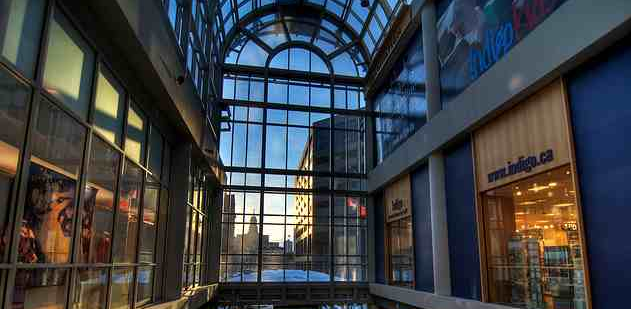 The Eaton Centre  Toronto   Shops  The Eaton Centre   One of the Best Dept Stores Shops in Downtown  . Bath And Body Shop Toronto. Home Design Ideas