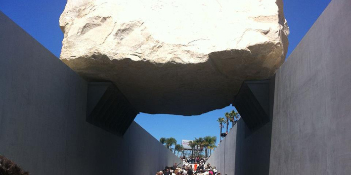 Levitated Mass at LACMA | Los Angeles