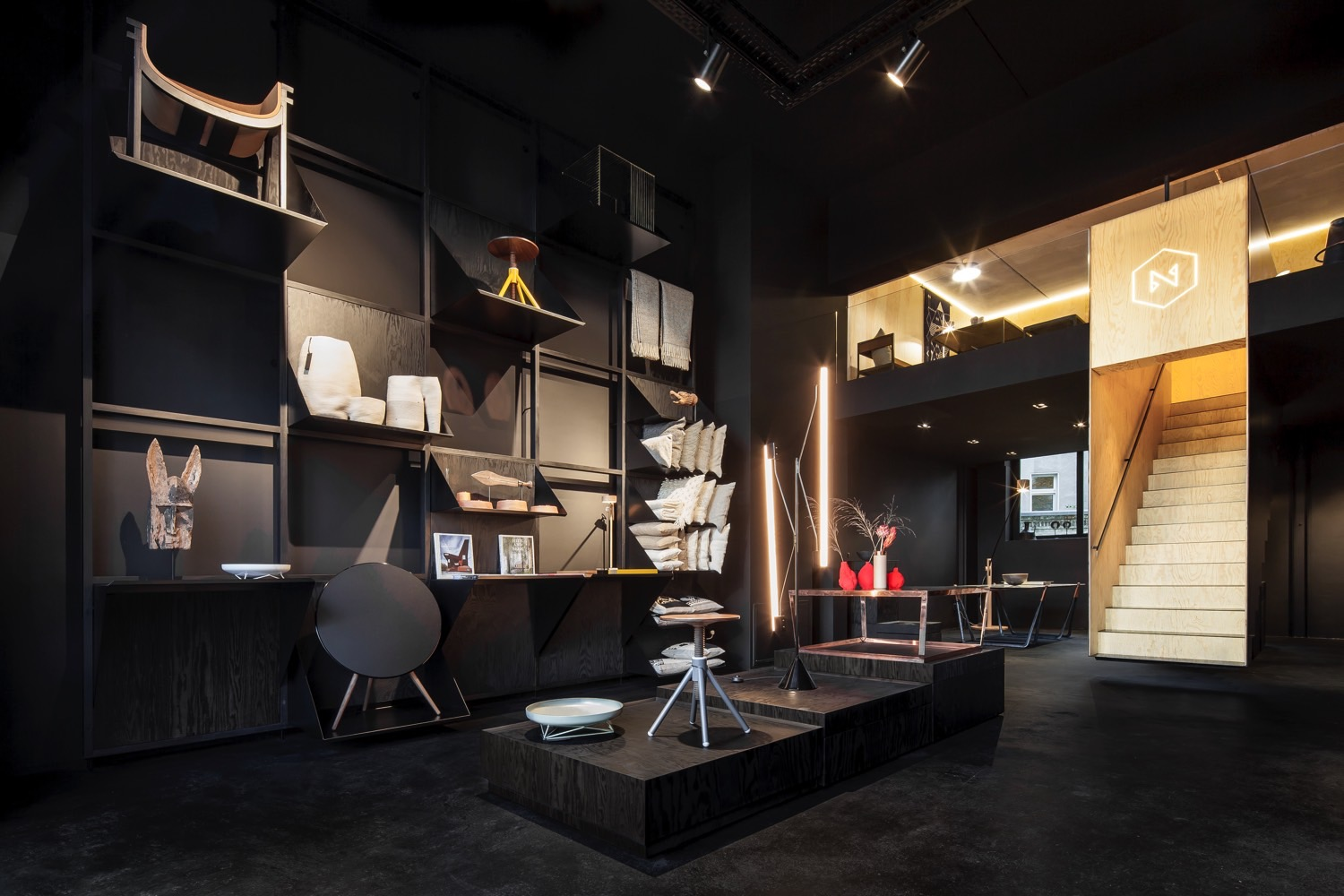 bazar noir a concept store in berlin. Black Bedroom Furniture Sets. Home Design Ideas